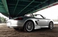 """Porsche Boxster S Individual - Aerodynamik-Kit, Sportauspuffanlage in Edelstahl, Ganzlackierung in """"star silver"""", Leichtmetallräder in 19"""""""