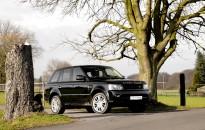 """Range Rover Sport Individual - Exterieur-Elemente in Wagenfarbe """"Santorini black metallic"""", nachträgliche Tönung der Rückleuchten & Hauptscheinwerfer & Leistungssteigerung (+30 kW / 41 PS)"""
